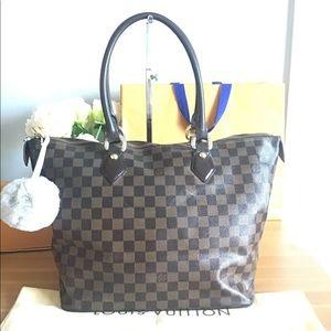 Louis Vuitton Bags - 🛍LOUIS VUITTON Damier Ebene MM Saleya Zipped Tote